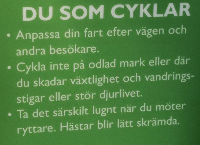 cykling vid Hellasgården och Erstavik